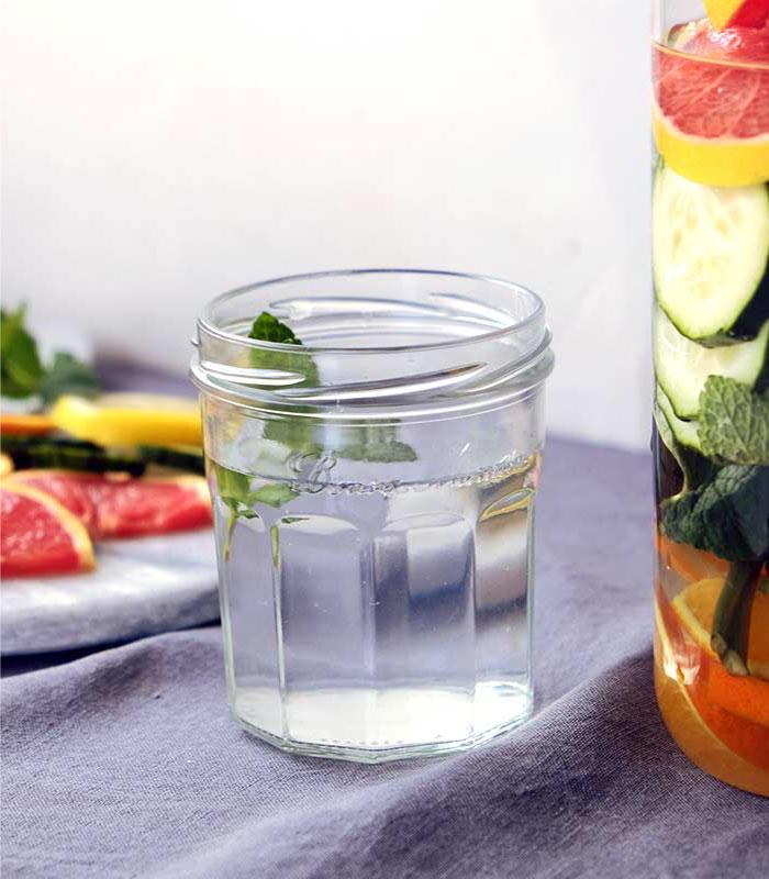 Agua Detox de naranja y pomelo