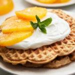 Waffles de avena, almendra y naranja